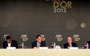 Ronaldo, Valcke e Blatter participam do anúncio dos melhores do mundo (Foto: Marcelo Baltar)