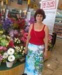 Maria Célia vai às compras
