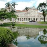 ESALQ - Escola Superior de Agronomia Luiz de queiroz - Edifício central.
