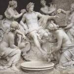 Imaginária  figura de Apolo,